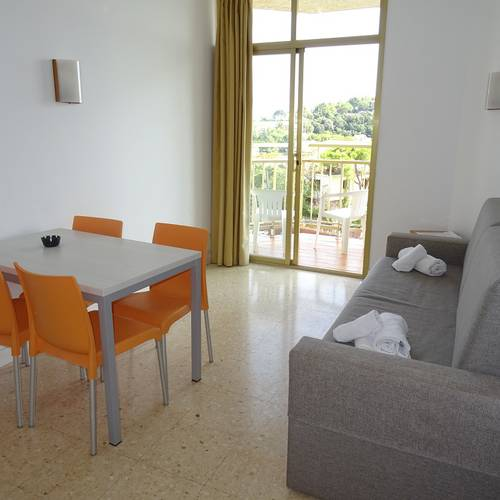 Studio alegria bolero apartments  lloret de mar