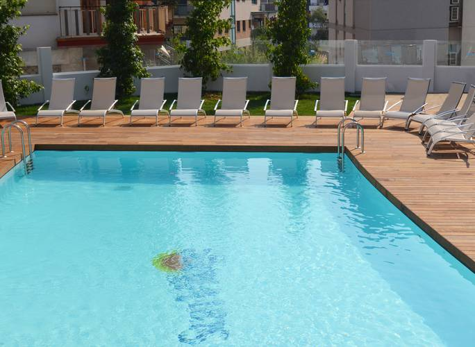 Outdoor swimming pool ALEGRIA Sun Village  Lloret de mar