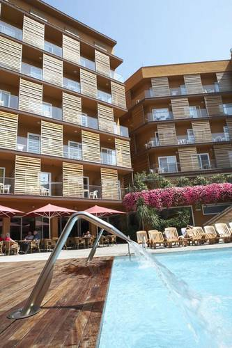 Swimming pool ALEGRIA Plaza Paris  Lloret de mar
